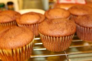 chocolate layer cake cupcakes