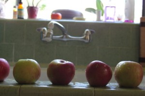 apples in a row